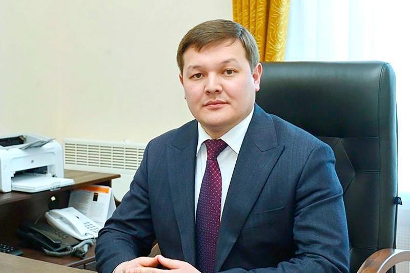 Асхат Оралов освобожден от должности вице-министра информации и общественного развития РК