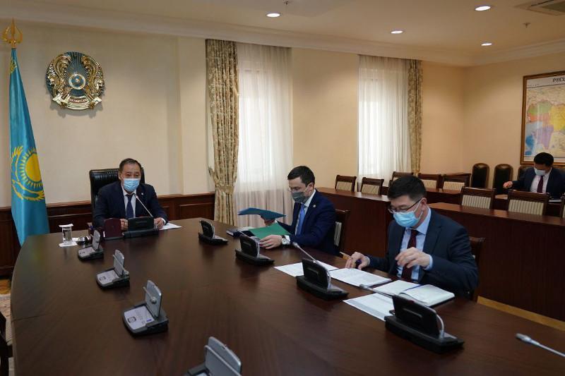 Карантин усилят в «красных» регионах Казахстана - решение МВК