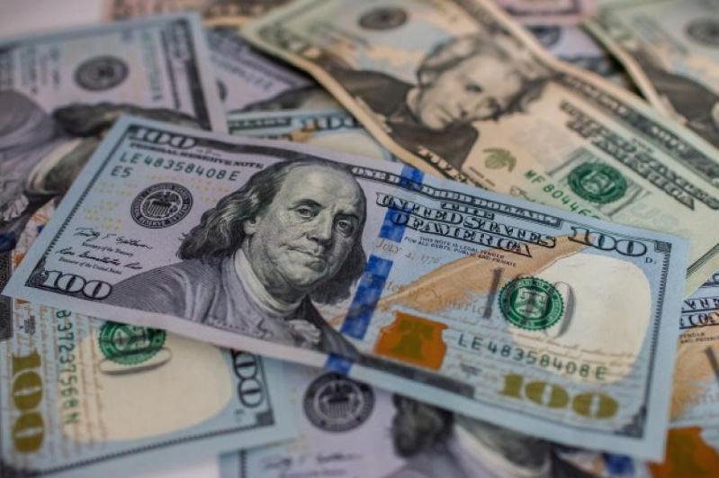 Қозоғистонда доллар яна арзонлади