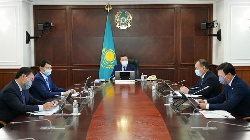 政府总理要求在四个地区实施更加严格的隔离限行措施 遏制COVID-19蔓延