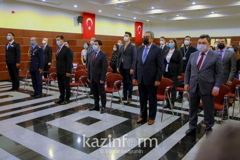 Нур-Султанда Туркиянинг демократия ва миллий бирлик куни нишонланди