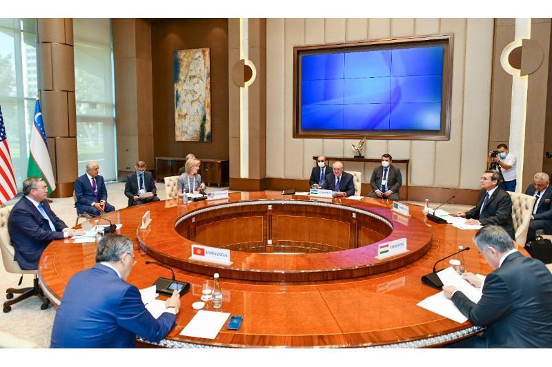 Kazakh FM attends C5+1 Ministerial