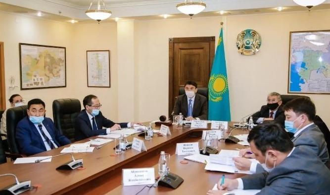 哈萨克斯坦与中国开展跨界水资源利用谈判