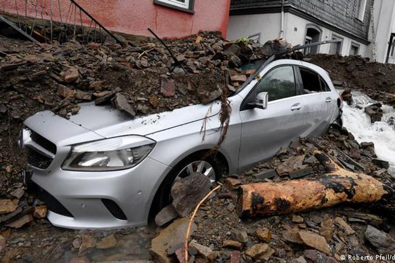 Наводнение в Германии: погибло более 80 человек
