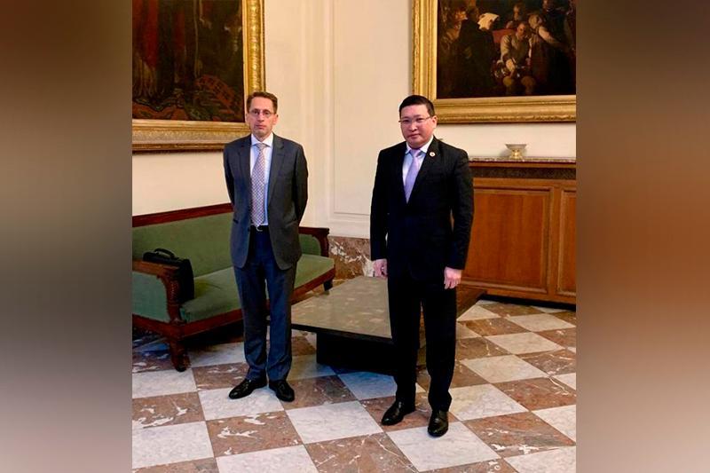 Kazakhstan's Ambassador meets with Diplomatic Advisor to King of Belgium