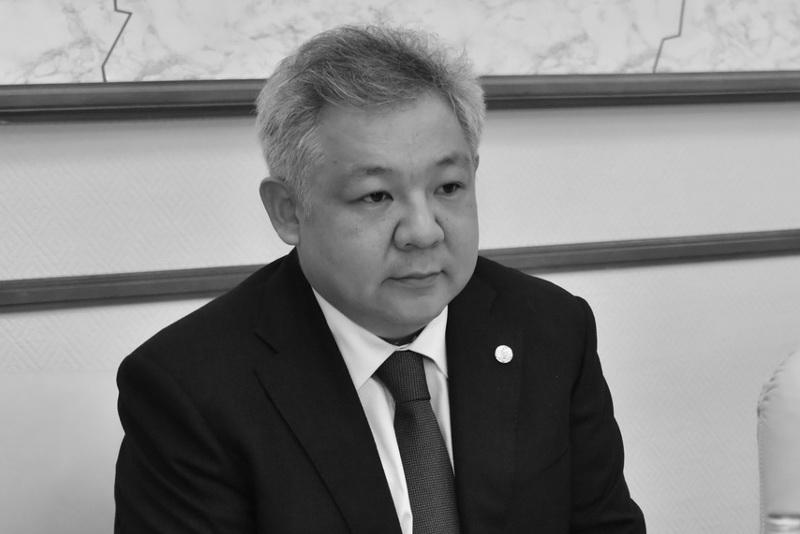 Депутаты Мажилиса выразили соболезнования в связи с кончиной Асхата Нускабая
