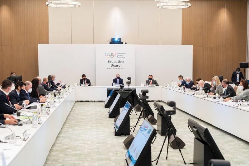Токио-2020: Президент МОК рассказал о планах по виртуальному общению болельщиков