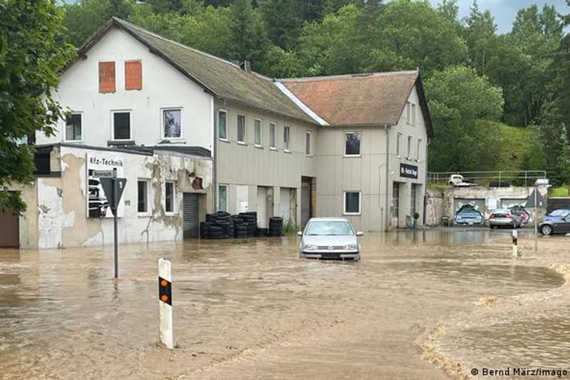 Число жертв наводнений в Германии возросло до 156