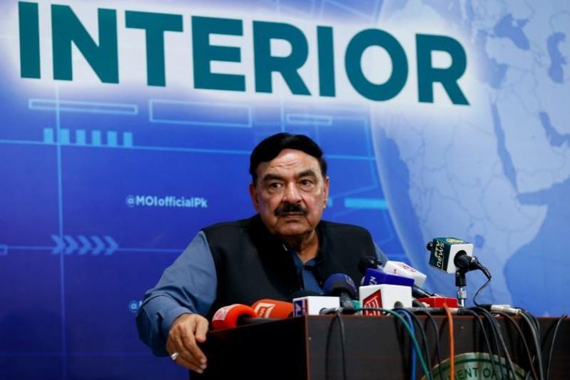 Пакистан призывает Афганистан пересмотреть отзыв дипломатов