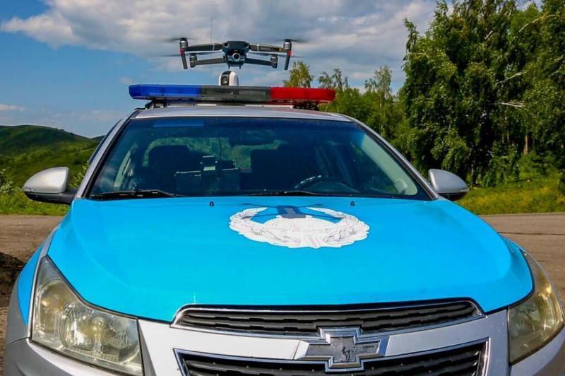 Нарушения ПДД выявляют с помощью квадрокоптеров на трассах ВКО