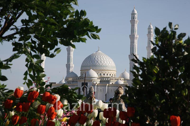 Праздник Курбан айт отмечают казахстанцы
