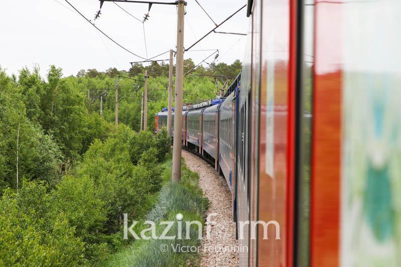 Дополнительные поезда из Алматы-2 запустят в Мангыстау и Семей