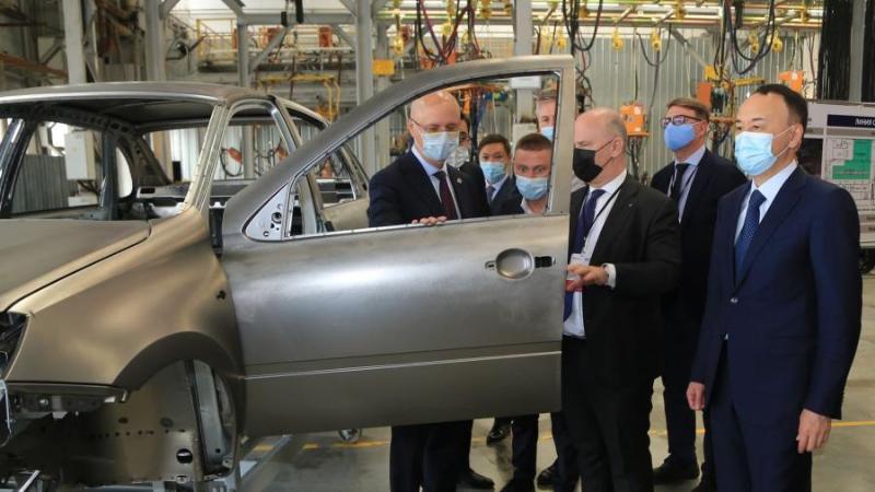 政府副总理视察库斯塔奈州哈俄联合工业项目