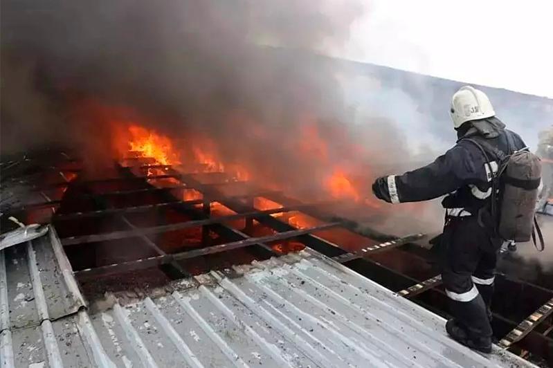 СТО горело в Алматы