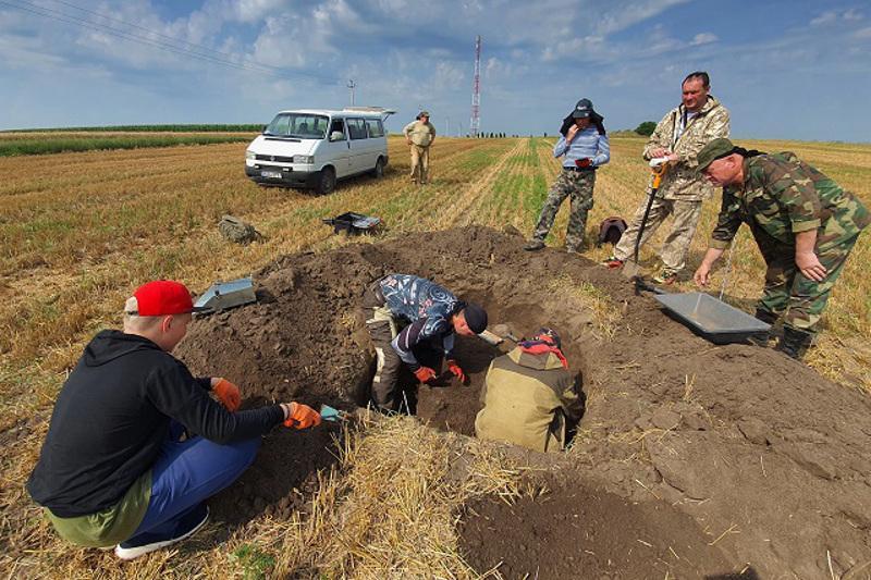 Останки безымянного солдата обнаружили павлодарские поисковики в Молдове