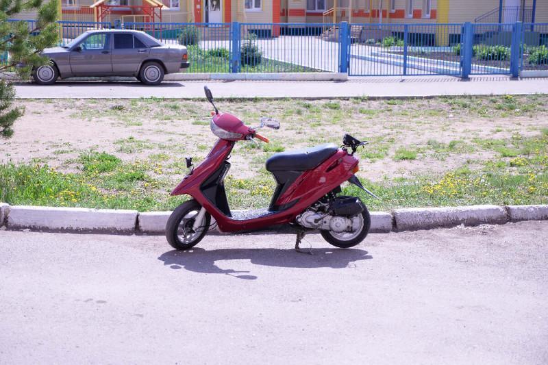 Нетрезвый скутерист едва не разбился в Петропавловске