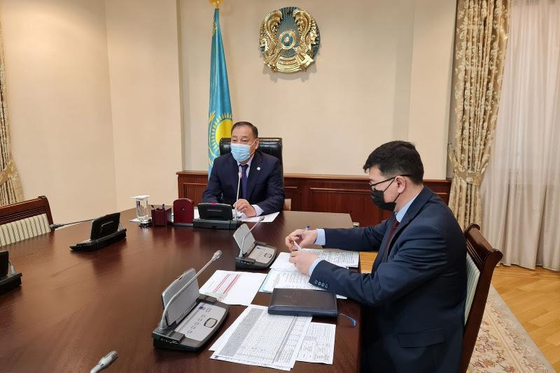 Yeraly Tugzhanov chairs session of Interdepartmental Commission on coronavirus spread prevention
