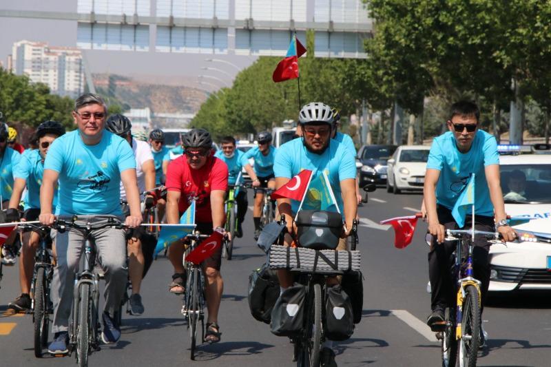 Анкарада«Қазақстан-Түркия Достық велотрэгі» өтті