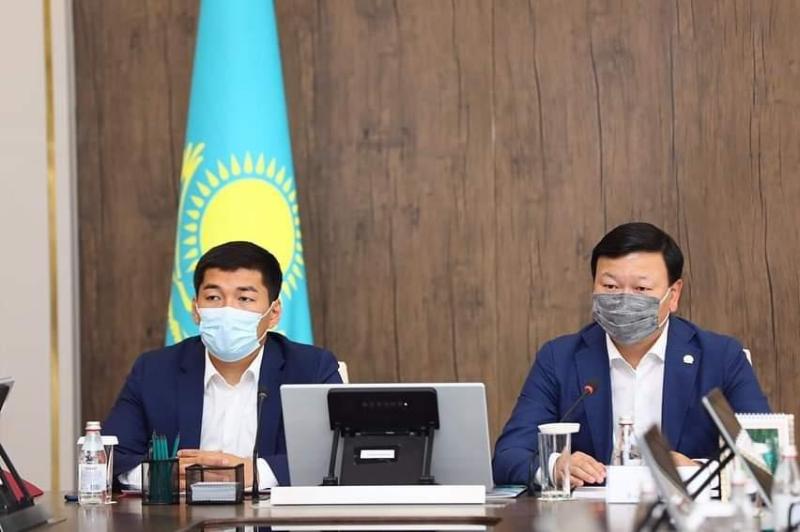 Алексей Цой Ақтөбеде коронавирус инфекциясына қарсы штабтың отырысын өткізді