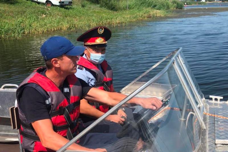 Жара до 36: костанайские спасатели работают на водоёмах региона