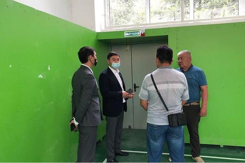 Готовность школ к новому учебному году проверили в Алматы
