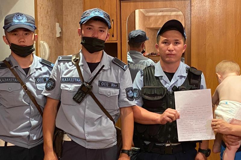 Гвардейцы пресекли несколько правонарушений и помогли гражданам в Шымкенте