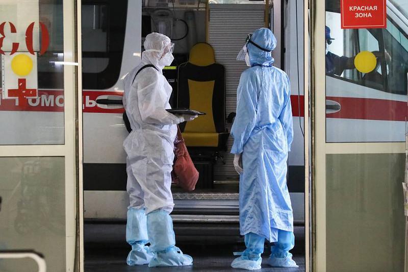 Russia reports over 24,400 daily COVID-19 cases — crisis center