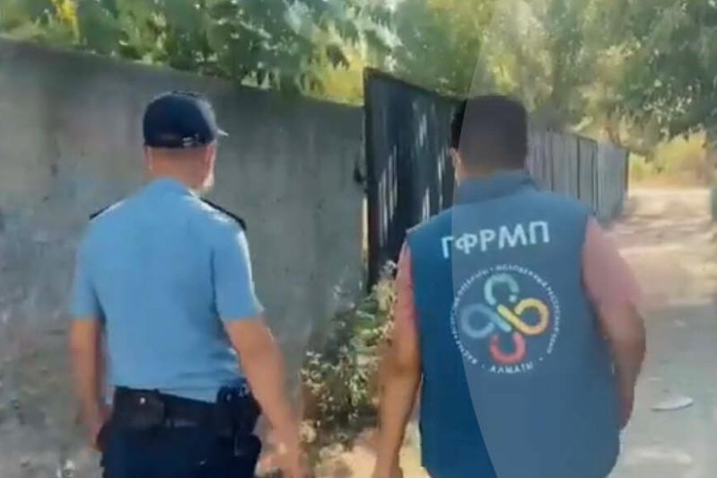 Около 150 наркограффити закрасили в Алматы