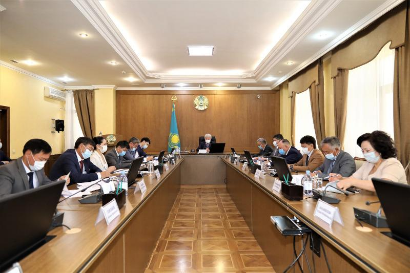 Акимы районов не хотят проявлять инициативу по благоустройству сел - Бердибек Сапарбаев