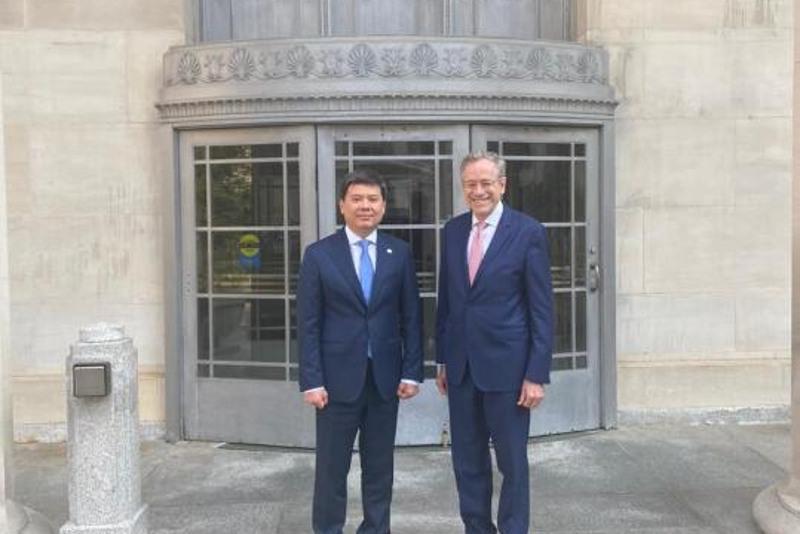 Министр юстиции РК провел ряд важных встреч в США