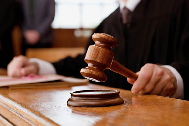 За взятку в 12 млн тенге на девять лет осужден судья в Алматинской области