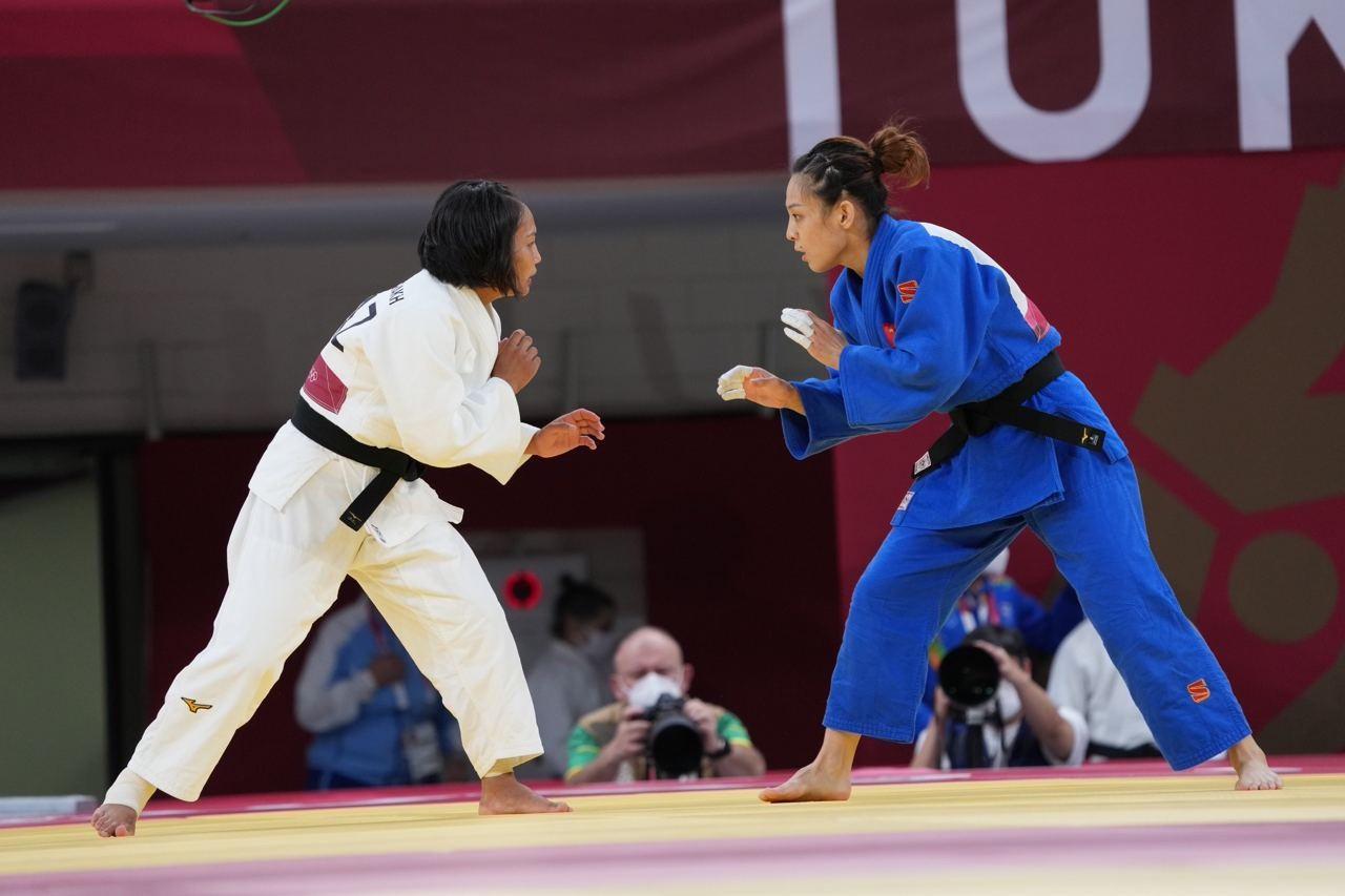 Токио Олимпиадасы: Галбадрах Отгонцэцэг алғашқы айналымда жеңіліп қалды