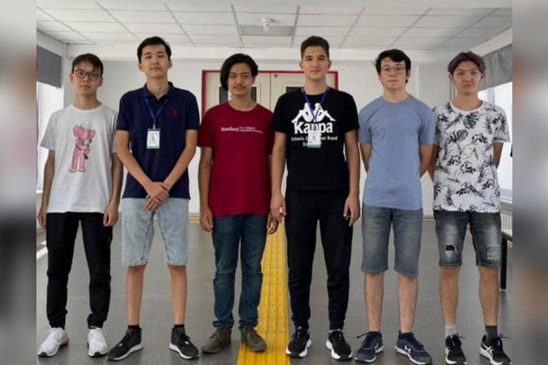 Более 200 медалей завоевали казахстанские ученики на международных олимпиадах с начала года