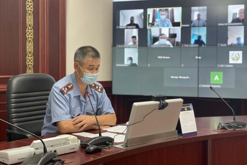 Усилить контроль за масочным режимом призвали полицейские Алматы