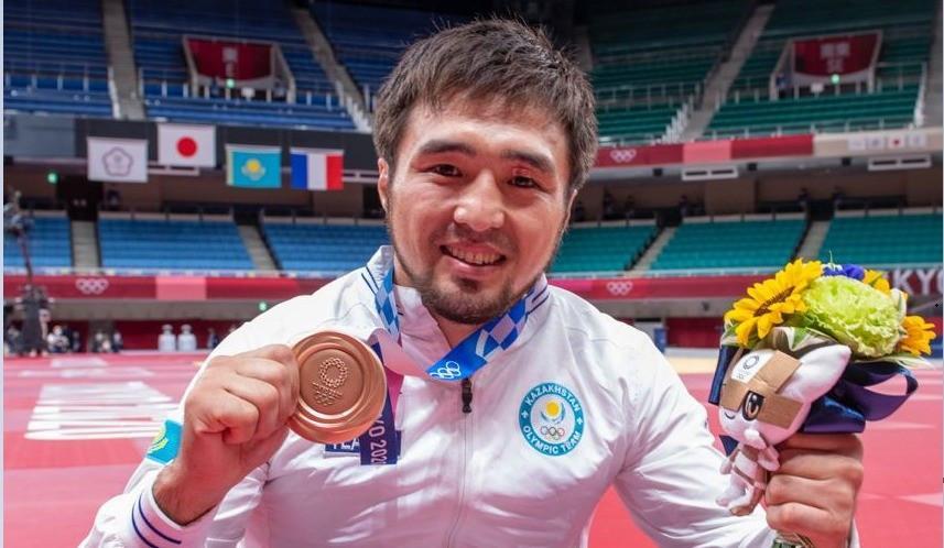 东京奥运会首个比赛日:哈萨克斯坦队迎来首枚奖牌