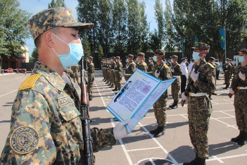 Более 100 солдат пополнили ряды воинской части Нацгвардии в столице