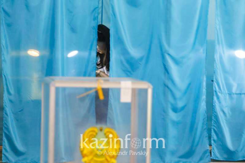 Около 1 млн 210 тысяч избирателей голосуют на выборах акимов в Казахстане
