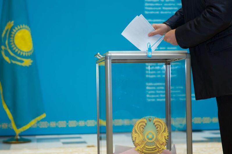 Жители Кызылординской области активно голосуют на выборах акимов
