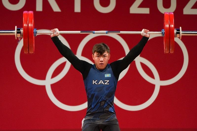 Weightlifter Igor Son brings Kazakhstan second 'bronze' at Tokyo Olympics