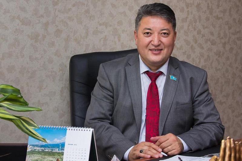 Бекзат Алтынбеков: Выборы акимов–важный шаг к построению демократического общества