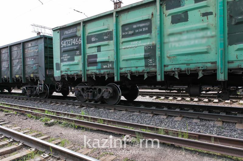 Скорость транзитных контейнерных поездов увеличилась в Казахстане