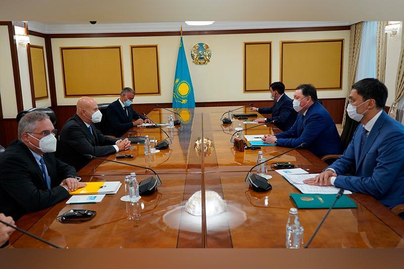 Казахстан и Eni будут развивать альтернативные источники энергии