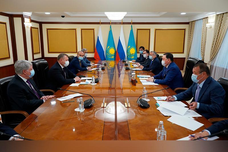 Аскар Мамин принял делегацию Астраханской области РФ