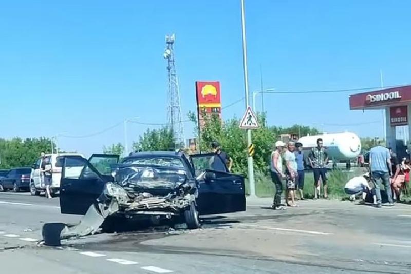 Один погиб и четверо госпитализированы из-за ДТП в Акмолинской области