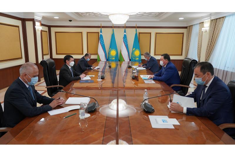 Аскар Мамин встретился с министром транспорта Узбекистана