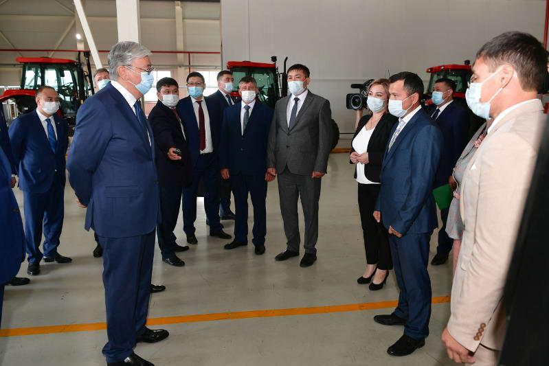 Касым-Жомарт Токаев побеседовал с избранными акимами сел Акмолинской области