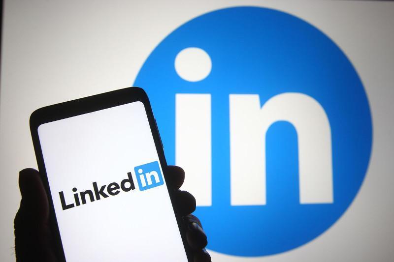 Qazaqstanda LinkedIn áleýmettik jelisi buǵattaldy