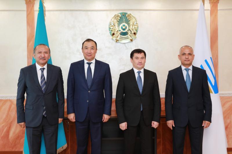 Казахстан и Узбекистан планируют строительство железнодорожной линии Дарбаза – Мактаарал