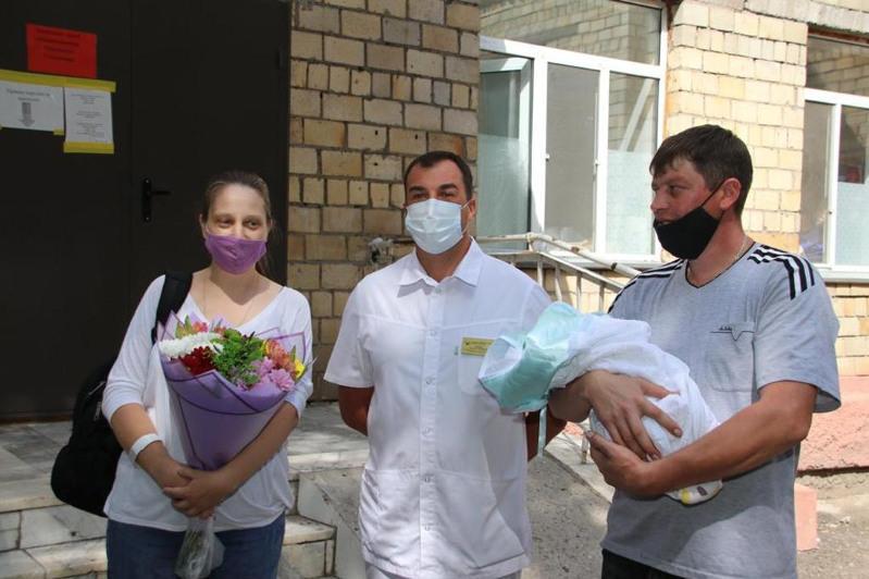 Роженицу с60-процентным поражением легких спасли карагандинские врачи