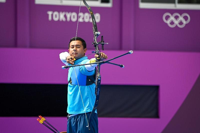 Kazakhstani archer Sanzhar Musayev faces loss in men's individual prelims